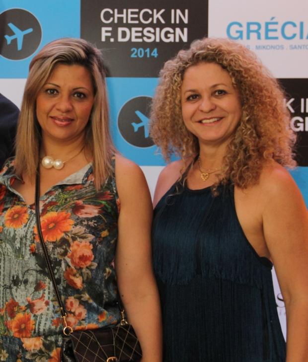 A grande vencedora Margarete Giada e a anfitriã Rosangela Mattos na festa da F. Design - foto 534