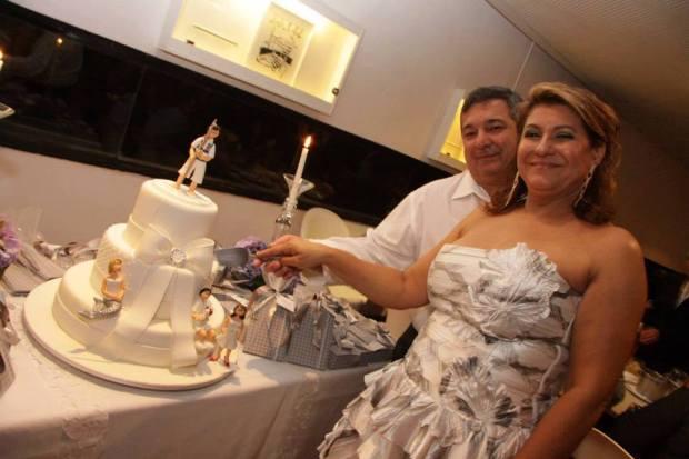 o casal e o bolo